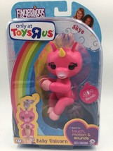 Fingerlings Pink Unicorn Skye Wowwee Toys R Us Exclusive Brand New Hard To Find - $19.75