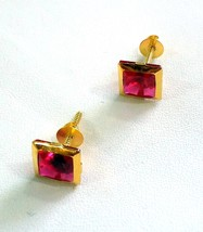 GORGEOUS 18 K YELLOW DARK RED SQUARE CUBIC ZIRCON WOMEN MAN UNISEX STUD ... - $141.07