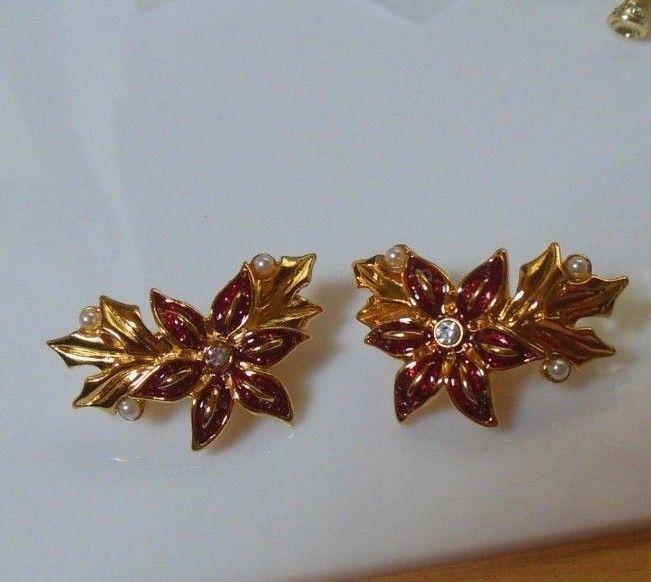 Vintage Avon Christmas Poinsettia Enamel Faux Pearl Earrings