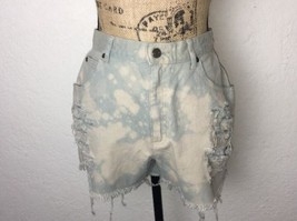 Liz Claiborne Lizwear Women's Distressed Bleached High Waisted Shorts Si... - $14.00