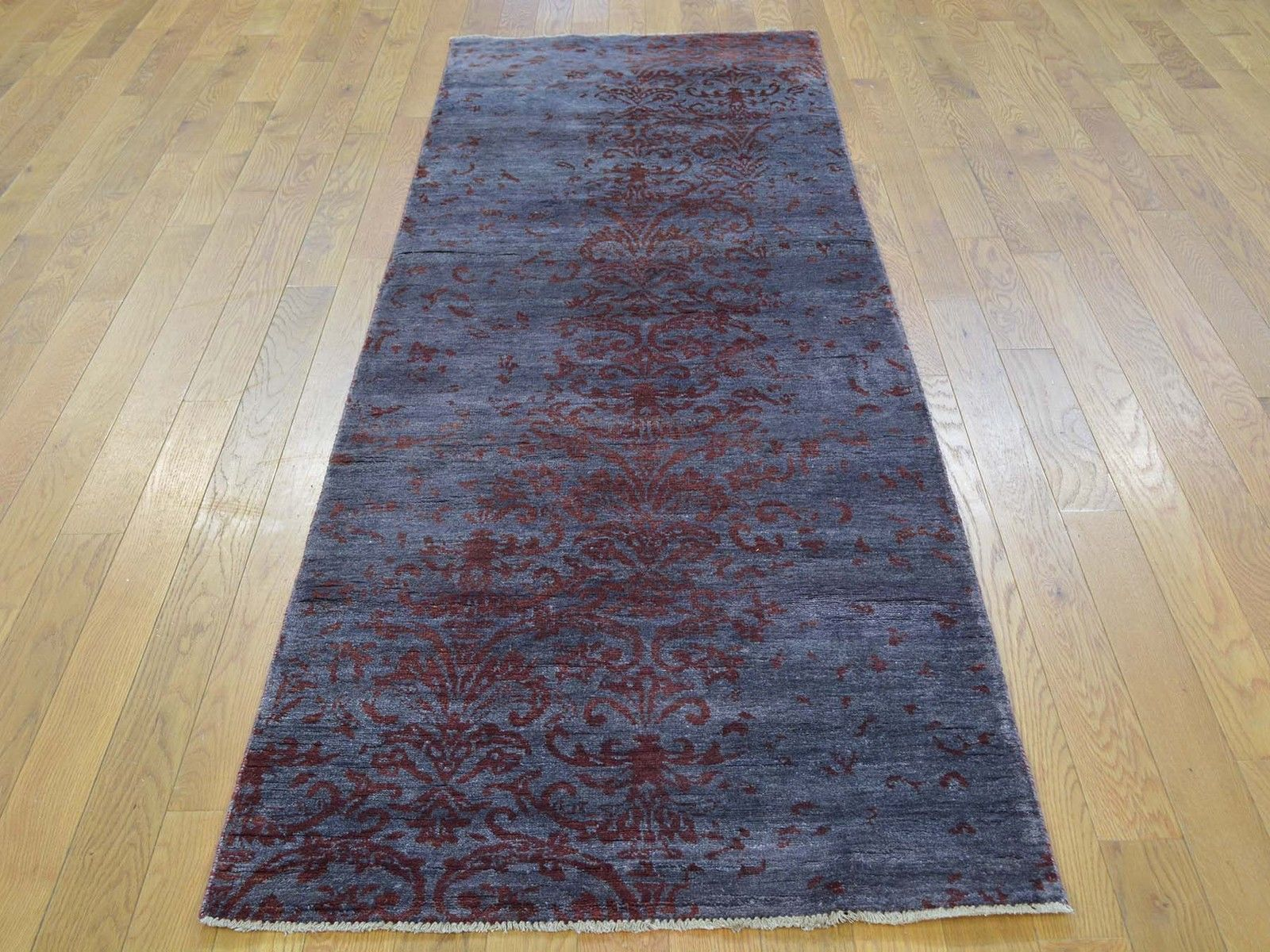 "2'8""x8'2"" Runner Wool And Silk Damask Tone On Tone Handmade Oriental Rug G27449"
