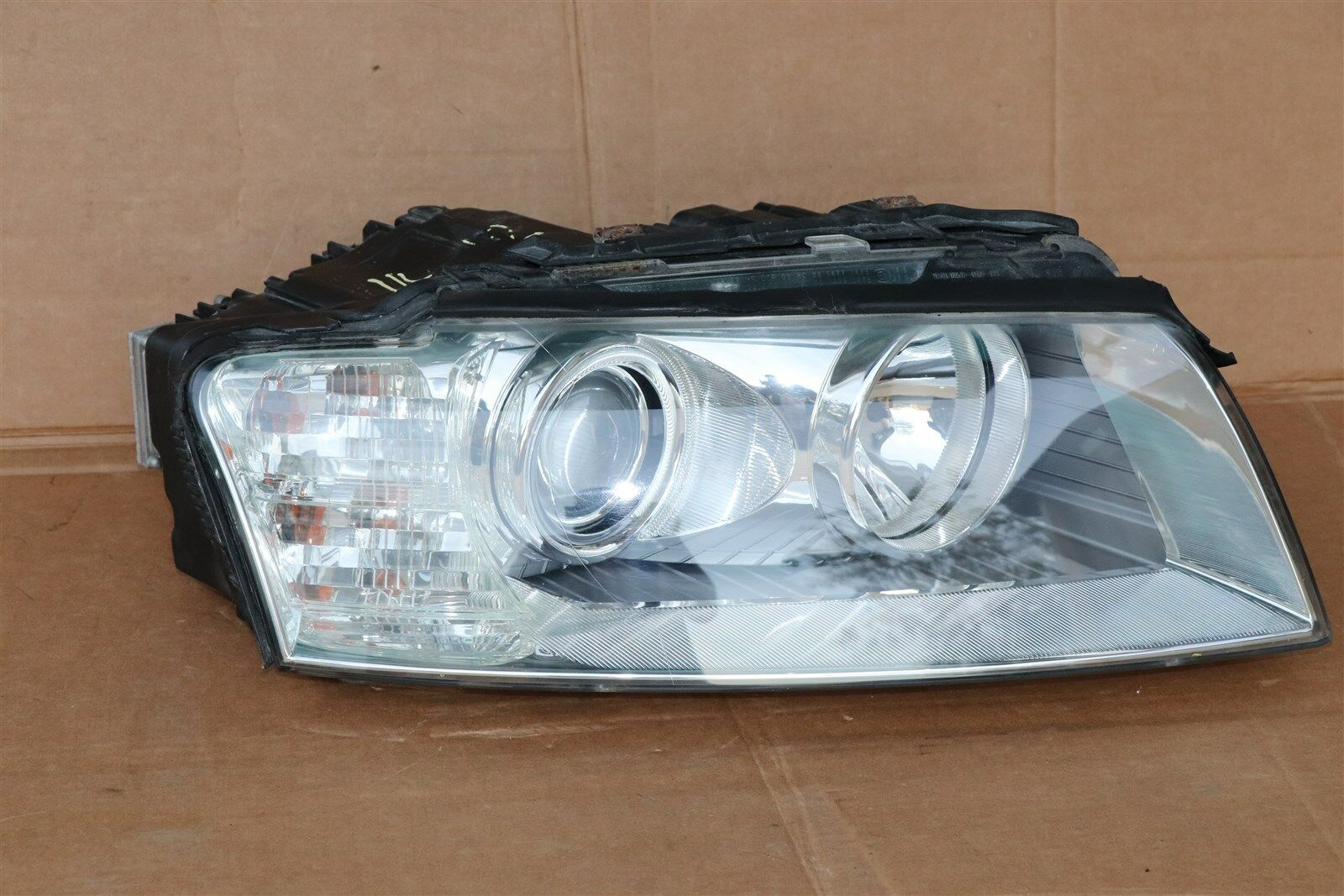 04-05 Audi A8 A8L HID Xenon AFS Adaptive Headlight Pssngr Right RH -POLISHED
