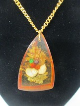 Vintage Sea Shell Foliage Encased In Amber Color Plastic Resin MCM Necklace - $20.99