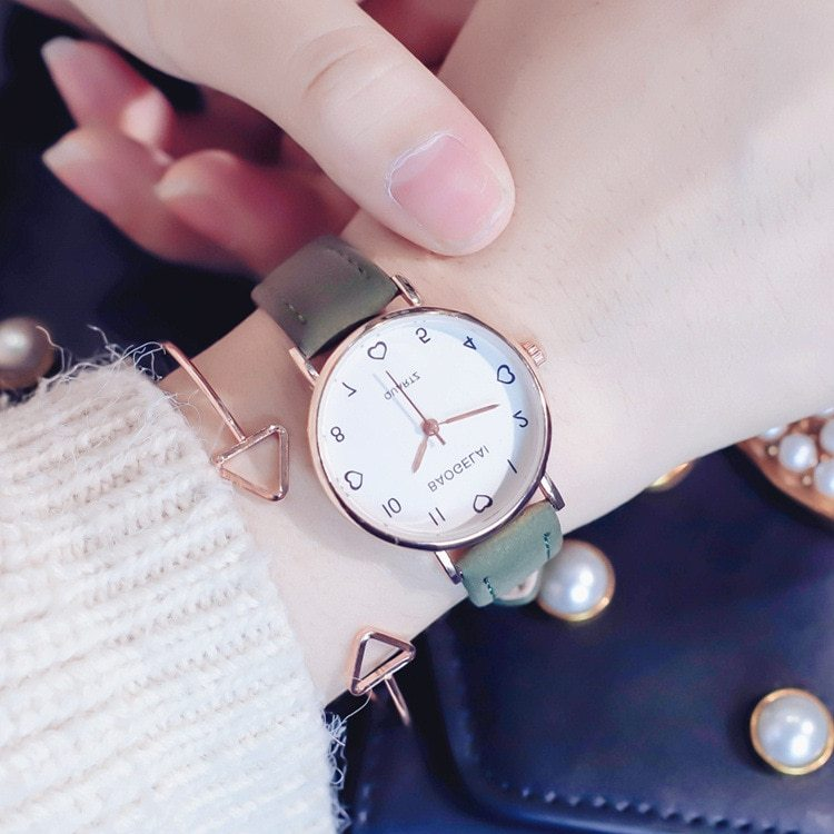 Love scale simple women quartz watch with vintage leather band 2019 lovely desig image 2