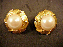 Napier Clip On Earrings Faux Pearl Gold Tone Round Vintage Adjustable Clips - $19.79