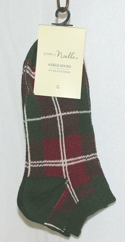 Simply Noelle Brand Green Red Plaid One Size Fits Most Womens  Ankle Socks