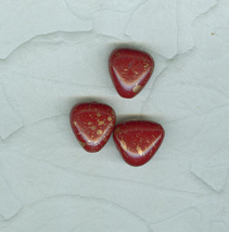 Vintage Glass Beads Red Hearts Gold Flecks Czechoslovakia 3 In Lot - $7.99