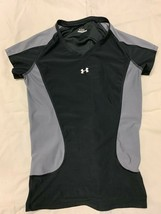 Under Armour womens slim fitted short sleeve workout top. Small. Black/G... - $10.00