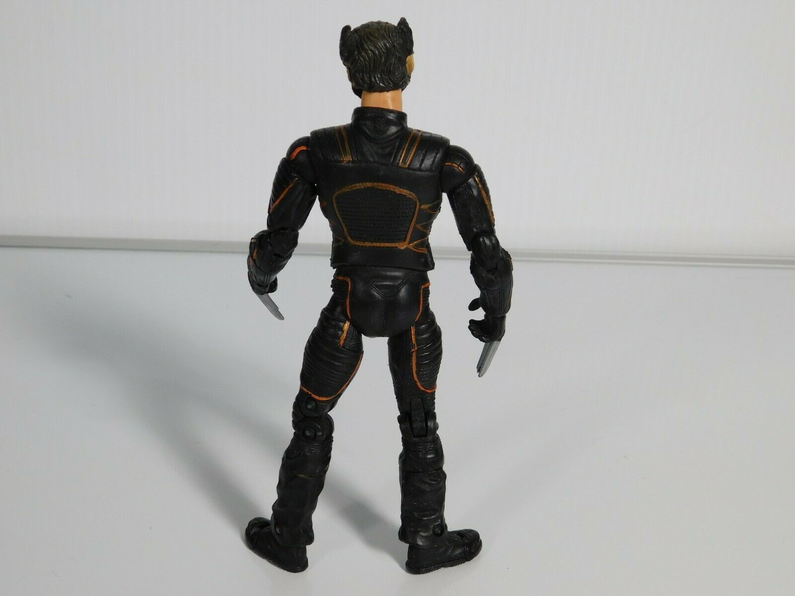 "X-MEN - Wolverine Logan Hugh Jackman 6"" Action Figure Marvel Toy Biz 2003 Toy image 3"