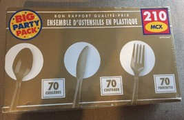 NEW Sturdy Big Pack Cutlery Set Window Box Value, Solid Gold - $14.69
