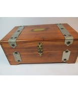 Mcgraw Box Co. New York Cedar Jewelry Trinket Box Chest Hardware Made USA - $34.65