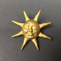 Vintage Matte Gold Old Smiling Sun Face With Ra... - $9.95