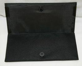 MAC(r) Enchanted Eve Brush Kit 5 Brushes Plus Carry Bag image 5