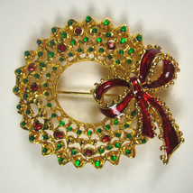 Christmas Brooch Wreath 2.25 inch Goldtone X-mas Pin Metal Enamel Red Bow - $19.79