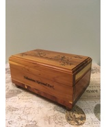 Vintage Cedar Wood Box Souvenir Yellowstone Park Small Jewelry Stash Box - $8.00