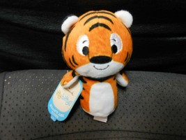 "Hallmark Itty Bitty's ""Noah's Ark Tiger"" 2016 NEW Plush CREASE ON TAG - $8.66"