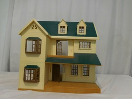 Epoch Calico Critters Deluxe Village House Green Roof Sylvanian Families +  HTF - $122.78
