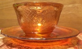 VINTAGE PEACH IRRIDESCENT CARNIVAL GLASS CUP & SAUCER MARIGOLD FLORAL LA... - $17.62
