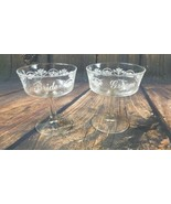 Bride Groom Pair of Sweetheart Toasting Champagne Glasses for Wedding VGUC - $9.87
