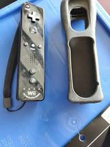 Authentic Nintendo Wii Motion  missing back Remote Black RVL-036 PARTS REPAIR - $10.89