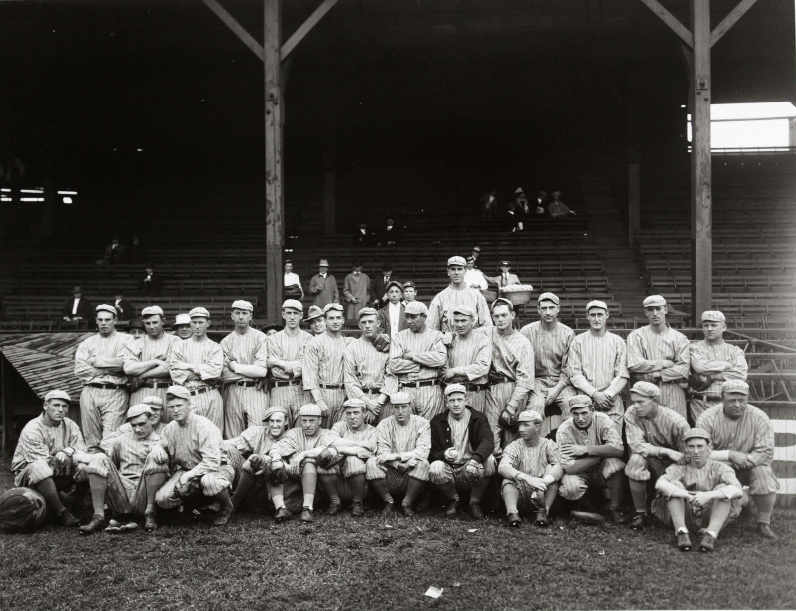 1915 NEW YORK GIANTS NY 8X10 TEAM PHOTO BASEBALL PICTURE MLB image 1