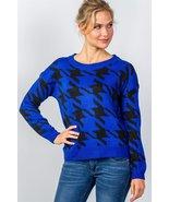 Ladies fashion round neckline geo print color block knit sweater - $20.50
