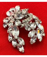 Weiss Rhinestone Brooch Pin Vintage Elegant Estate Find 19-3033 - $37.95