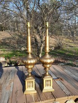 Pair VTG 1970's Hollywood Regency All Metal Aged Gold Tone Tall Table Lamps - €267,43 EUR