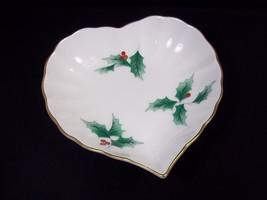Mikasa china candy dish heart shape Ribbon Holly Japan gold rim Christmas - $10.53