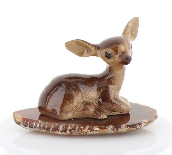Hagen Renaker Miniature Tiny Deer Baby on Base Stepping Stones #2753