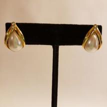Avon Gold Tone Post Pierced Earrings Rhinestones Faux Pearl - $18.69