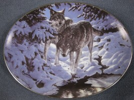 Icy Dawn Collector Plate Winter Shadows Persis Clayton Weirs Wolves Brad... - $21.95