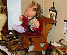 Cabbage Patch Doll sitting at a Large Wooden School Desk AA-191964  Collectible image 8