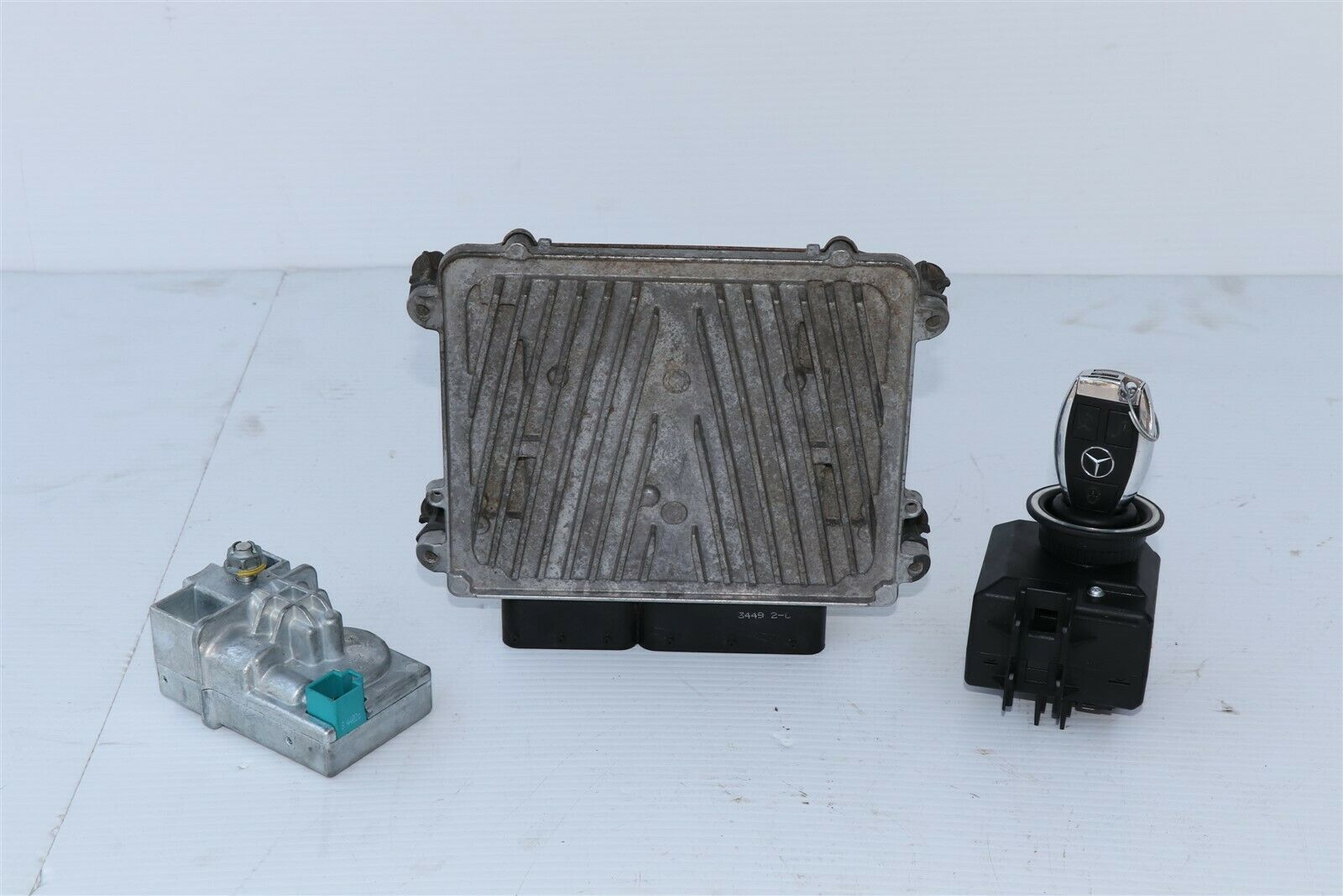 08-11 Mercedes C300 W204 Engine Computer Ignition FOB ECU EIS ISL Combo Set