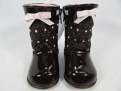 Neuf avec Étiquettes Daim Matelassé Enfant Bébé Fille Chaussures Bottes Taille 2