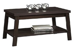 "Mainstays Logan Coffee Table, Multiple Finishes Brown 33.937 "" W x 19.291"" - €42,64 EUR"
