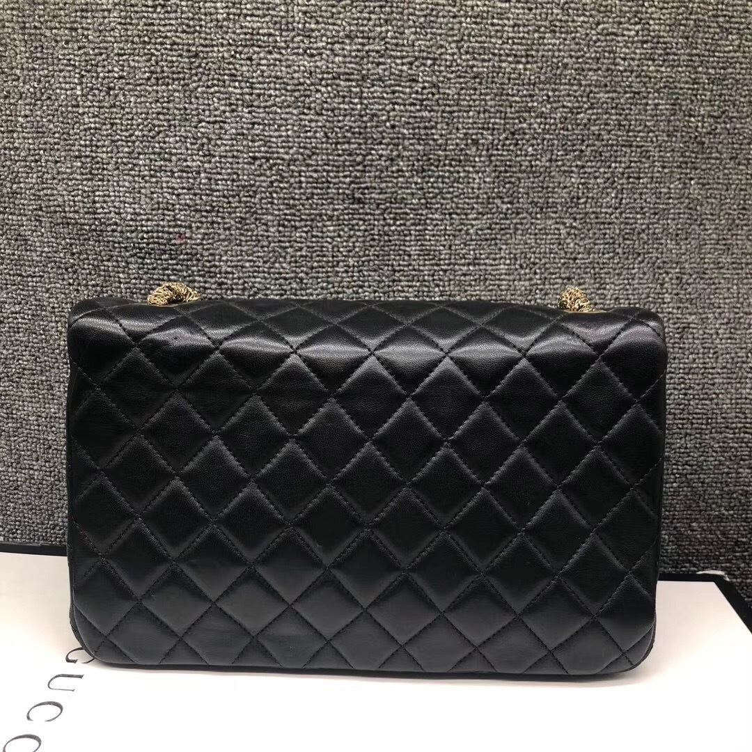 Auth Chanel Limited Ed Westminster Pearl Chain Quilted Lambskin Medium Flap bag image 3