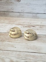 Vintage Clip On Earrings Gold Tone 3D Design - $12.99