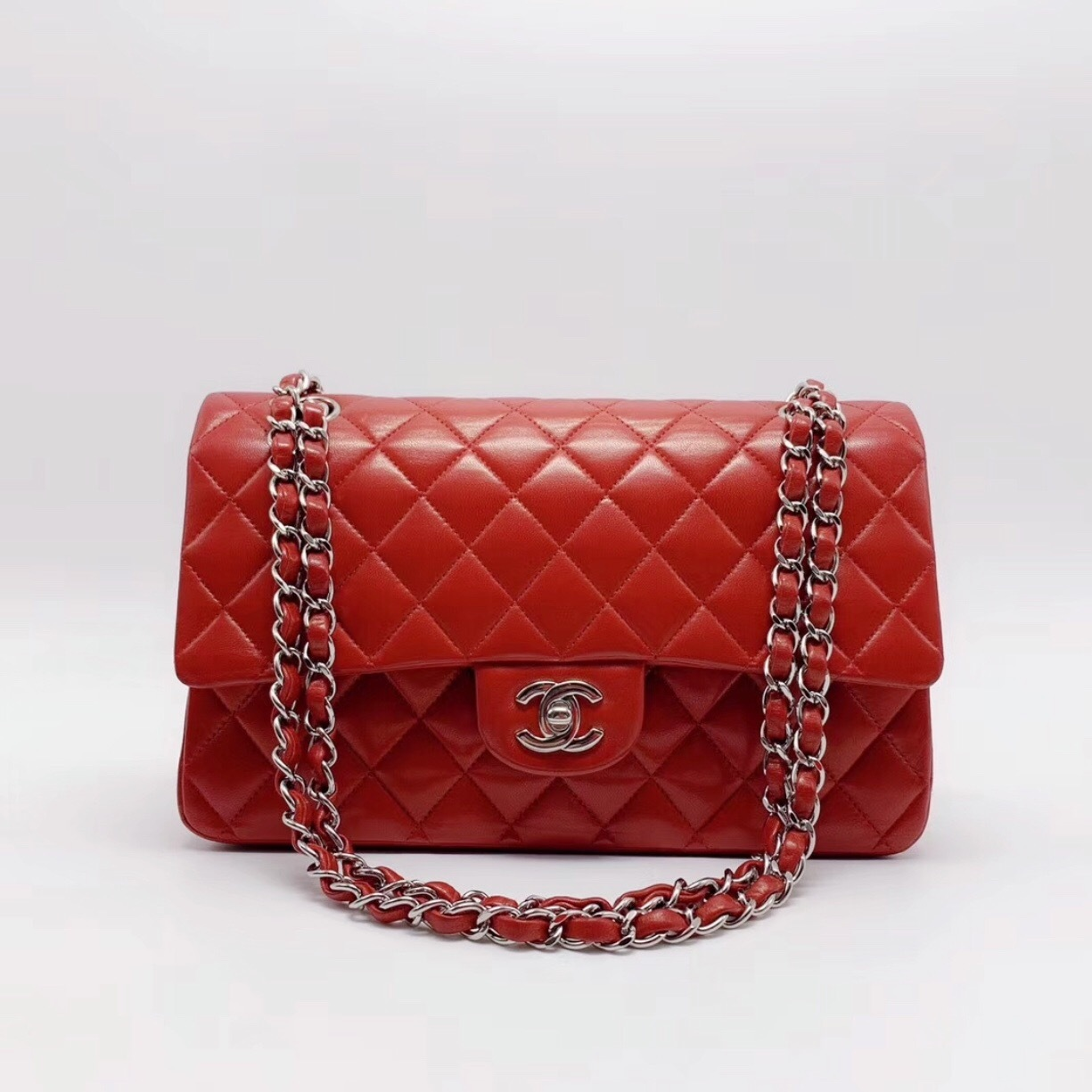 AUTHENTIC Chanel RED Quilted LAMBSKIN MEDIUM DOUBLE FLAP BAG SILVERTONE HW