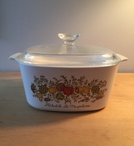 Vintage 70s Corningware 3qt casserole - Spice of Life pattern (A-3-B) with lid
