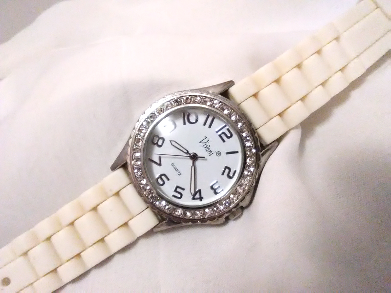 "Primary image for L01,Vivani, Ladies White Faced Watch, Crystal Surround, 9"" Silicon Band  w/b"