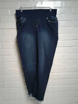 Women's Times Blue Size M Maternity Jeans - $8.37