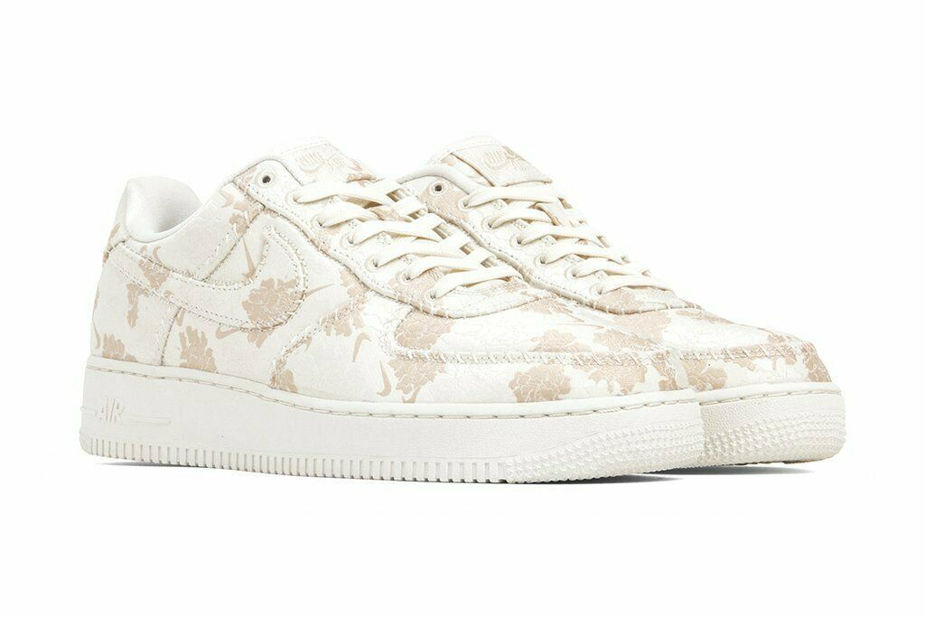 AIR FORCE 1 '07 PRM 3 MEN'S US SIZE 11.5 STYLE # AT4144-100