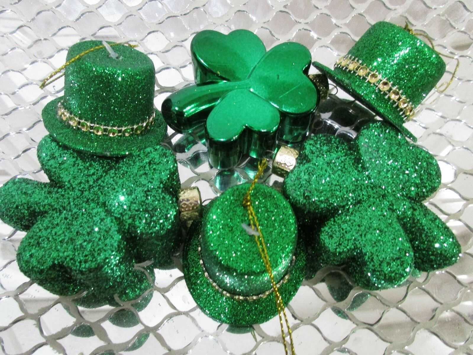 Primary image for St Patrick's Day Green Shamrocks & Hat Ornaments Decorations Decor Set of 6