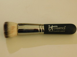 It Cosmetics Heavenly Luxe Flat Top Buffing Foundation Brush - $19.99