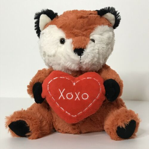 "Primary image for Animal Adventure Fox Holding Heart Plush XOXO 2017 Valentines Day 8"" Tall"
