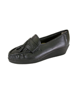 24 HOUR COMFORT Brenda Wide Width Moccasin Design Woven Leather Shoes  - $39.95