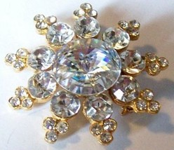3 Layered Figure Eights Star Shaped Gold Tone Brooch - $36.50