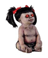 Possessed Baby Demon Girl Halloween Prop Haunted House Eyes Light Up Devil - $1.404,70 MXN