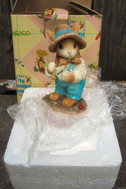 Enesco My Blushing Bunnies Friendship is the Seed of Life Figurine